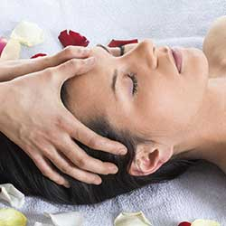 Scalp and Shoulder Massage Spa Rituals